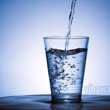 Nước khoáng – thức uống hoàn hảo cho ngày hè