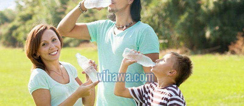 Uống nước khoáng thiên nhiên – thói quen tốt mỗi ngày